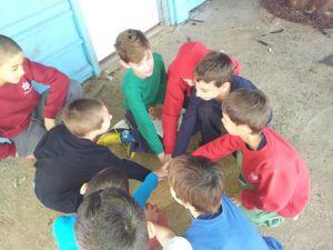 חונכות של ילדי כיתה ד לילדי כיתה א
